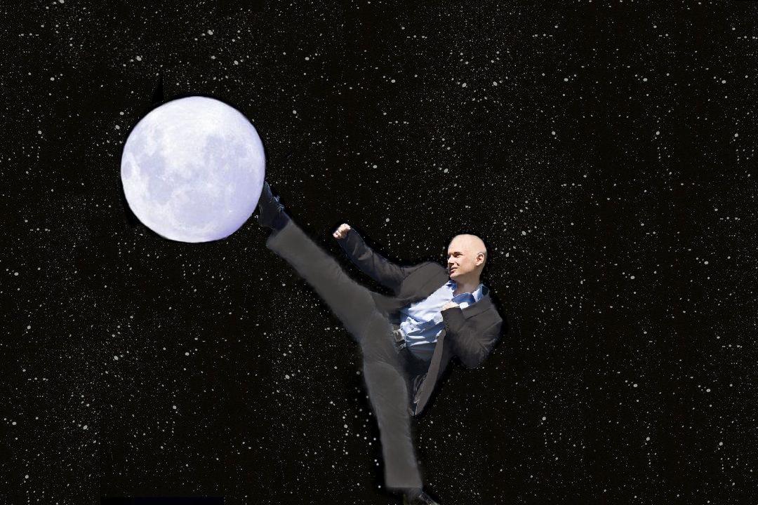 Więcej dup na księżycu!